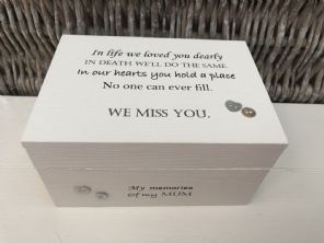 Personalised In Memory Of Box Loved One ~ MUM ~ MAM ~ any Name Bereavement Loss - 332624754733